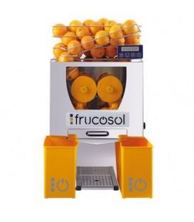Presse-agrumes à alimentation automatique, idéal pour tout type d'installation.
