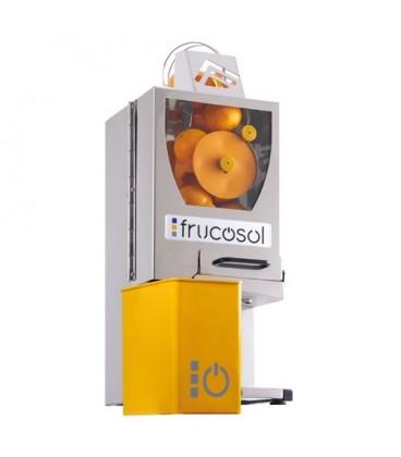 Presse-oranges automatique compact, polyvalent et fonctionnel.